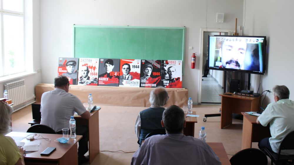 В Крымском художественном училище имени Н.С. Самокиша защита дипломных проектов проведена с применением дистанционных образовательных технологий
