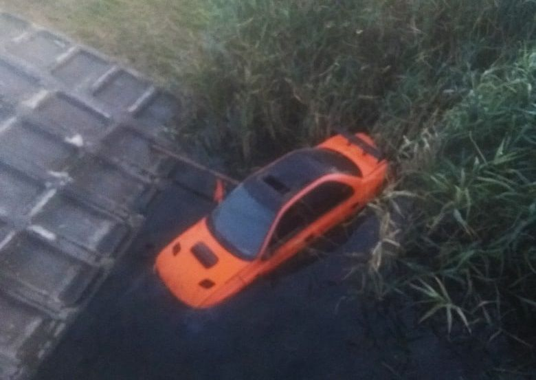 В Джанкое легковушка на скорости вылетела с моста