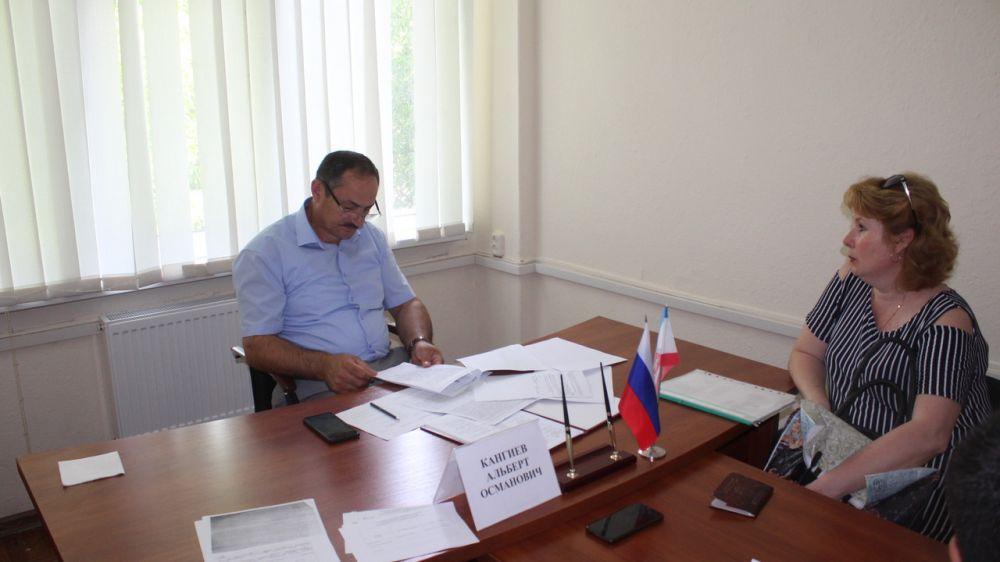Альберт Кангиев провел плановый прием граждан