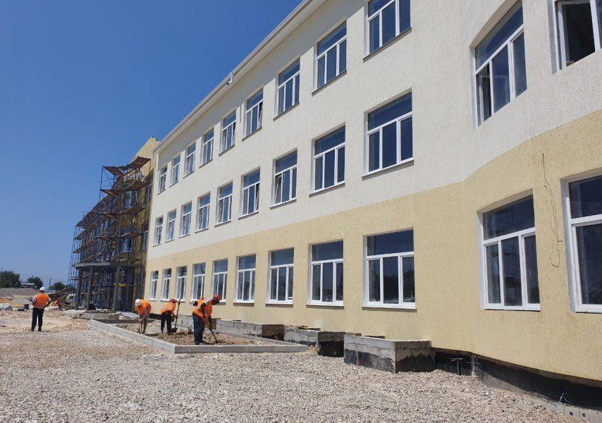 Строительство дополнительных корпусов к школе № 61 в микрорайоне Шевченко завершено на 70%