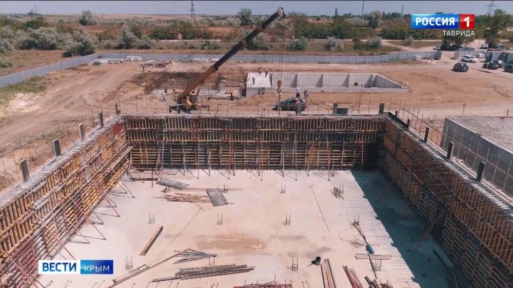 Борьба с водной блокадой: в Крыму строят сразу три водозабора