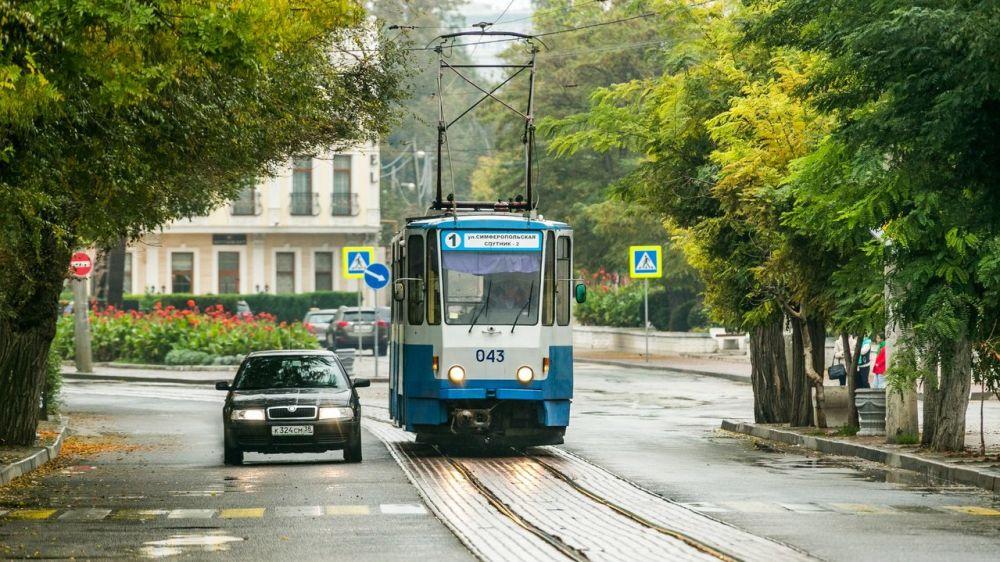 В Евпатории трамваи будут ходить допоздна