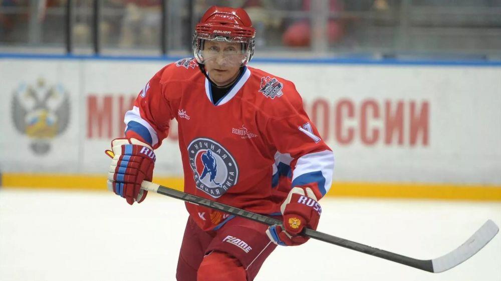 В Крыму оценили вклад Президента в поддержку хоккея