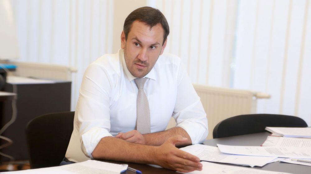 В первом полугодии 2020 года Госкомрегистром принято более 4100 заявлений на оформление недвижимости в Крыму по экстерриториальному принципу