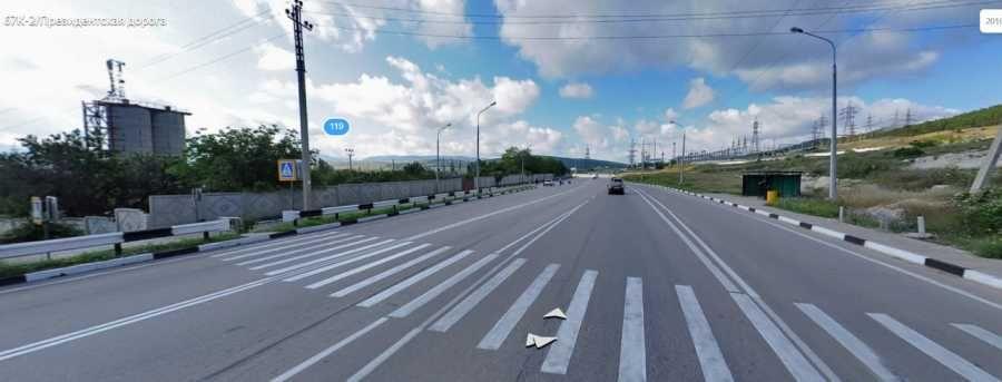 В Севастополе полиция ищет водителя, сбившего девочку-подростка