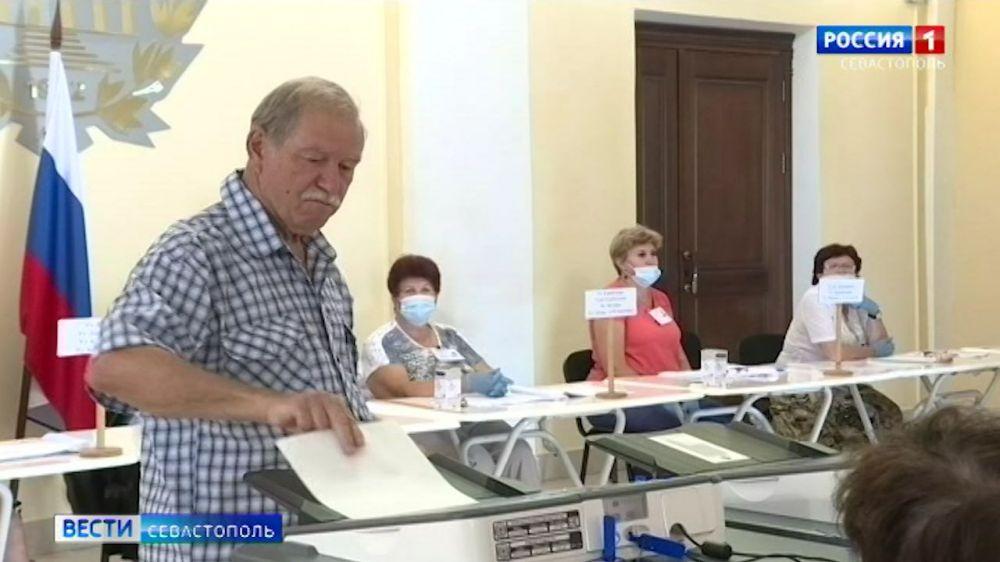 Как проходило голосование по поправкам в Конституцию в Севастополе