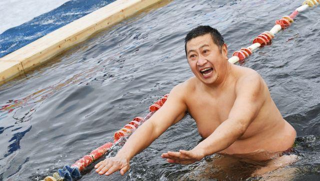 Кому нельзя обливаться холодной водой - мнение врача
