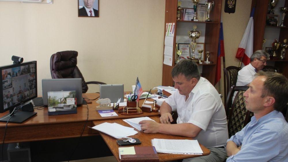 Михаил Слободяник принял участие в совещании, которое проходило под руководством министра ЖКХ РК Дмитрия Черняева в режиме видеоконференцсвязи