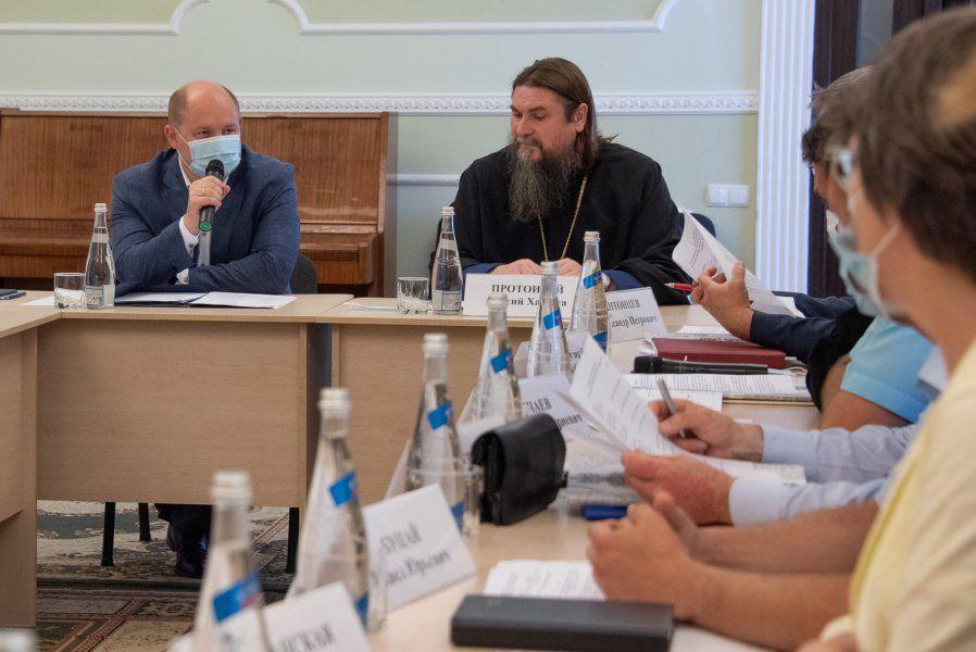 Михаил Развожаев принял участие в заседания оргкомитета IX региональных Рождественских образовательных чтений