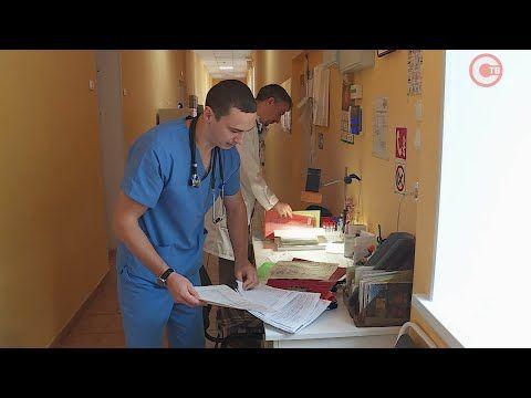 Севастопольских медиков продолжают поздравлять с профессиональным праздником (СЮЖЕТ)
