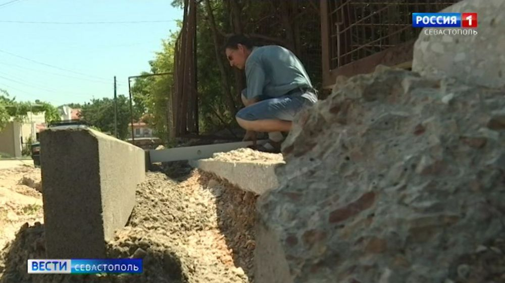 Какие сложности возникли при капремонте улицы Авдеева в Севастополе