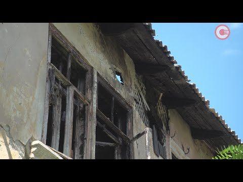 Жители улицы Истомина три года просят снести аварийные дома (СЮЖЕТ)