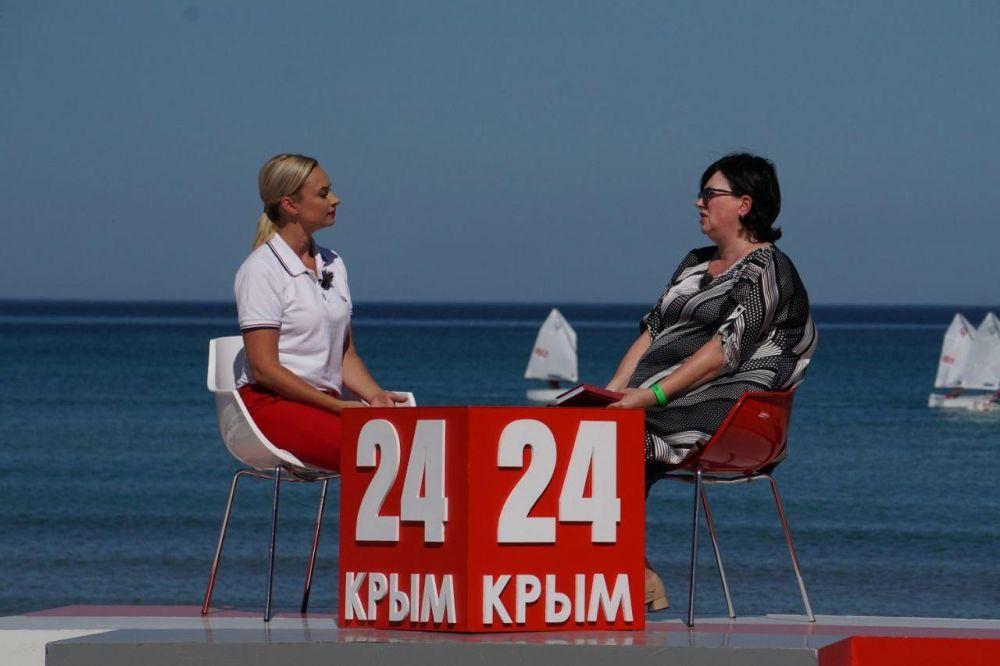 Темпы роста зарплаты в Крыму одни из самых лучших по России – Виноградова
