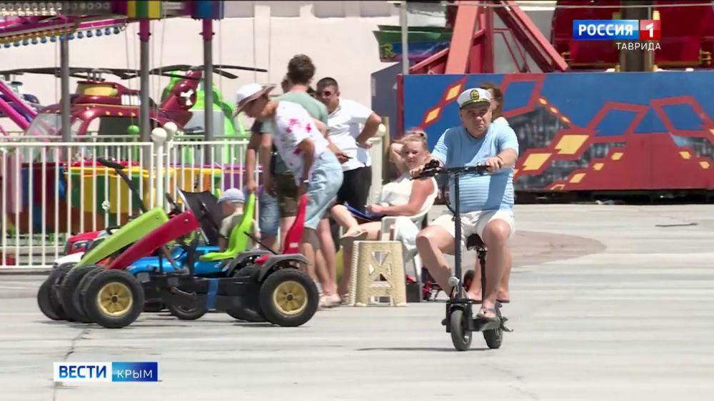 В Крыму разрабатывают новые правила дорожного движения для гироскутеров и самокатов