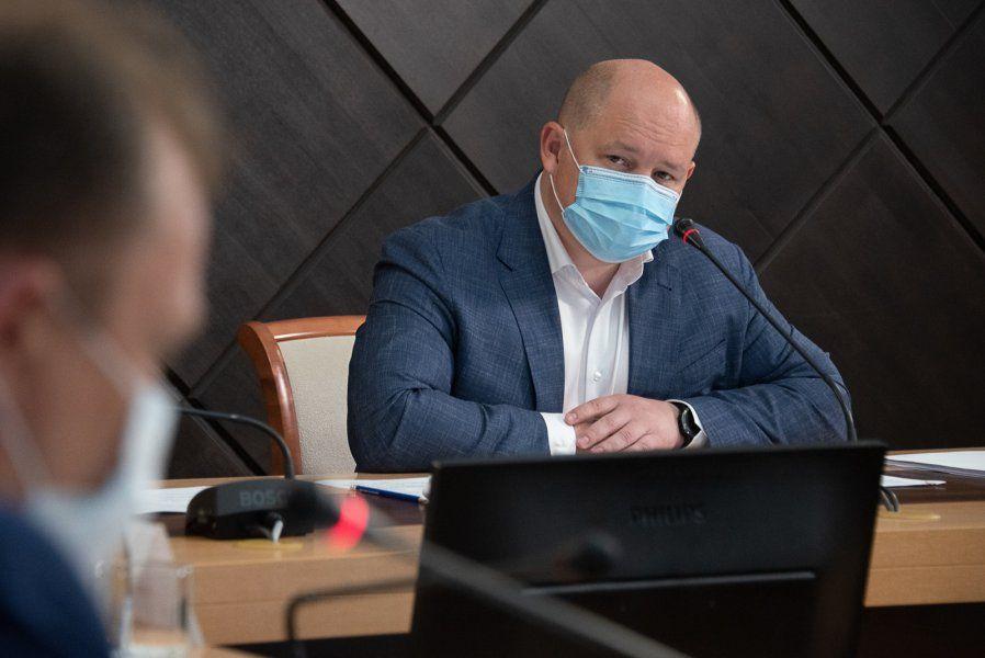 Михаил Развожаев раскритиковал руководителей профильных ведомств за неисполнение поручений по Проспекту Победы
