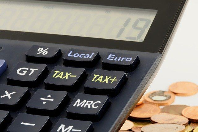Две трети россиян поддерживают повышение налога на доходы для богачей, — ВЦИОМ