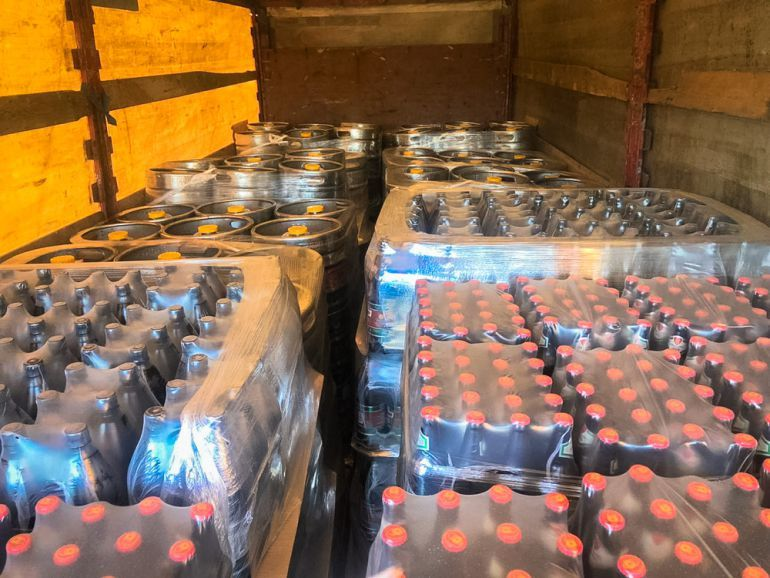 Почти 9000 литров пива не пустили в Крым