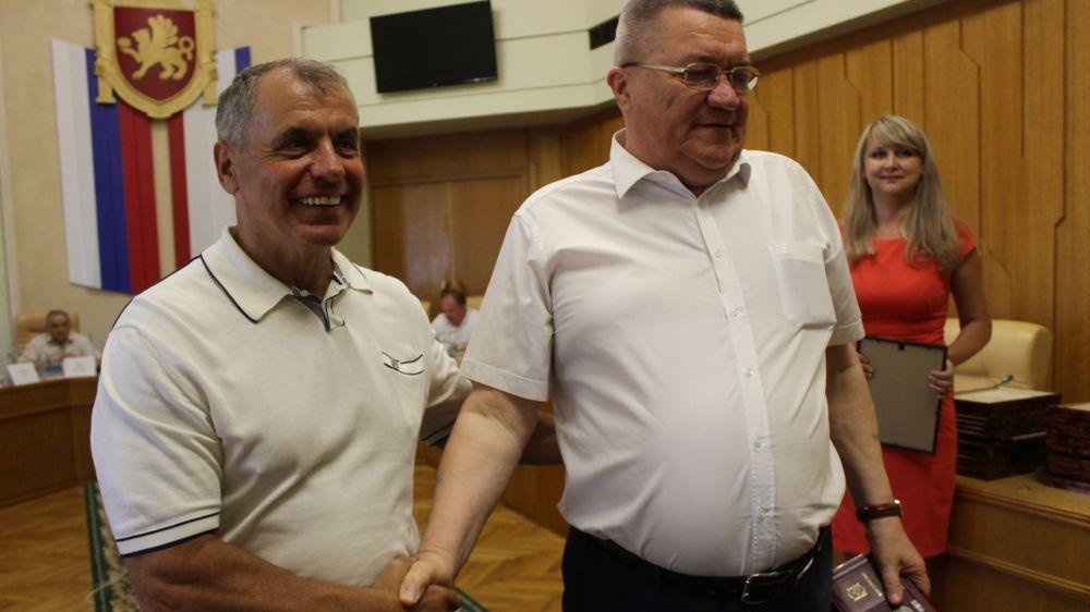 Сергея Шахова наградили медалью «За мужество и доблесть»
