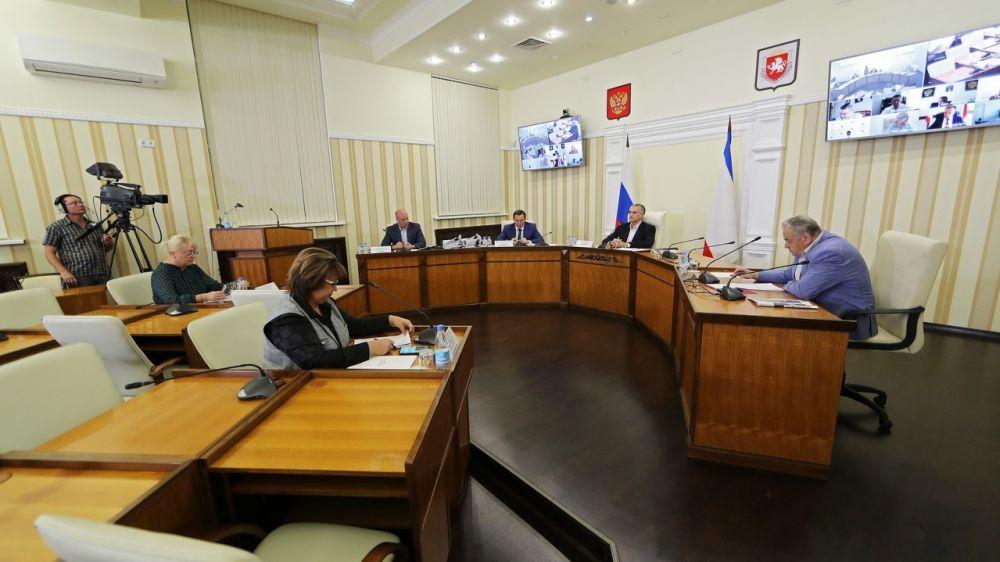 Крымское правительство утвердило новый состав Коллегии Минфина Крыма