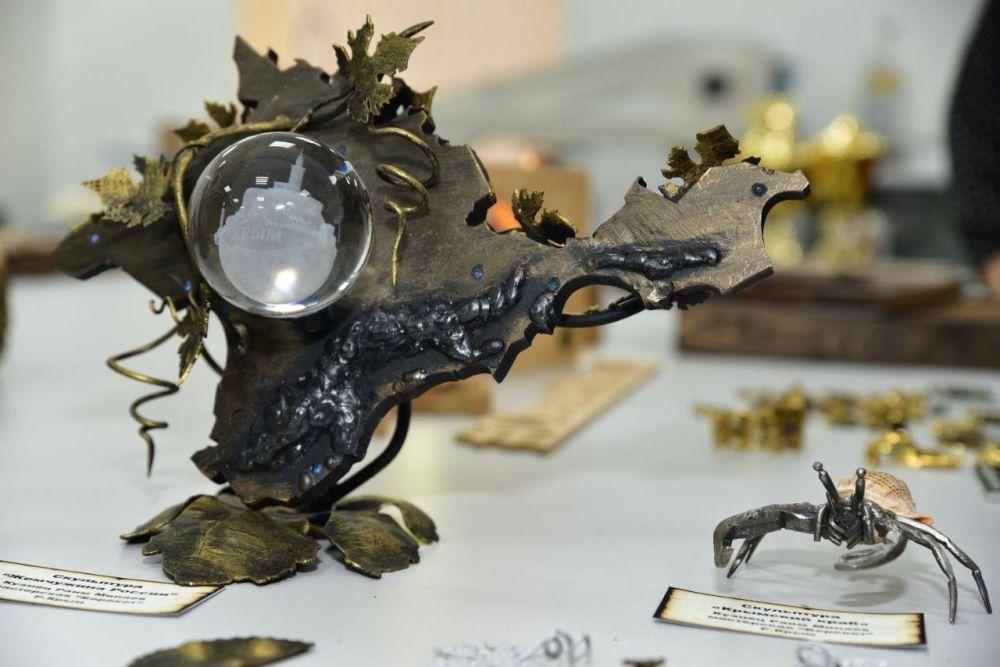 В каких регионах России наиболее популярны сувениры из Крыма, — эксперт