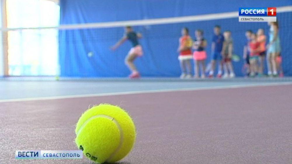 Теннисный турнир «Большая бескозырка» стартует в Севастополе