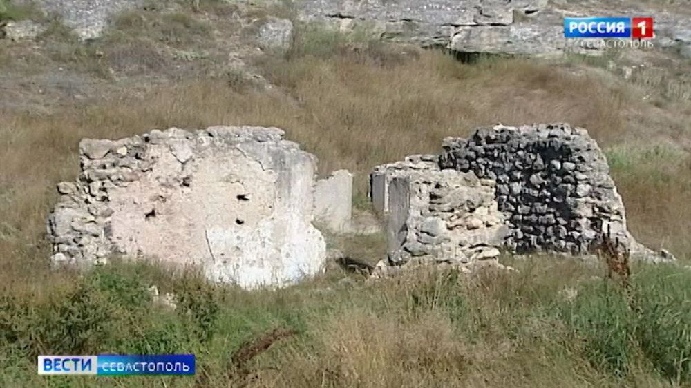 Какие тайны скрывают военные объекты под Севастополем