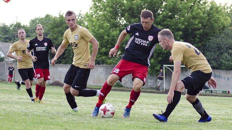 Срочно! Рестарт любительского чемпионата Крыма по футболу перенесли на 25 июля