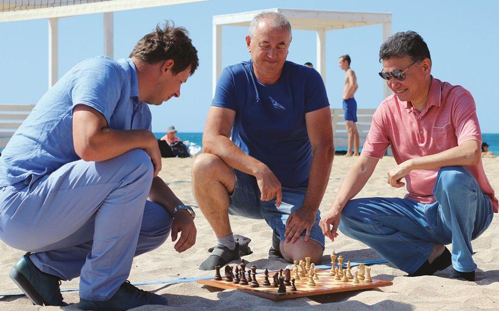 Кирсан Илюмжинов стал почётным президентом шахматной федерации Крыма