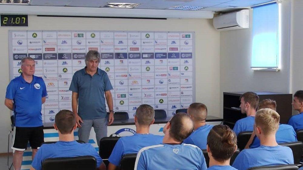 Новым тренером ФК «Севастополь» стал Олег Лещинский
