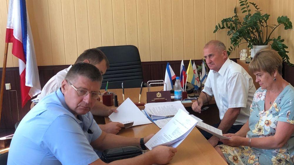 Состоялось заседание 15-й внеочередной сессии Нижнегорского районного совета