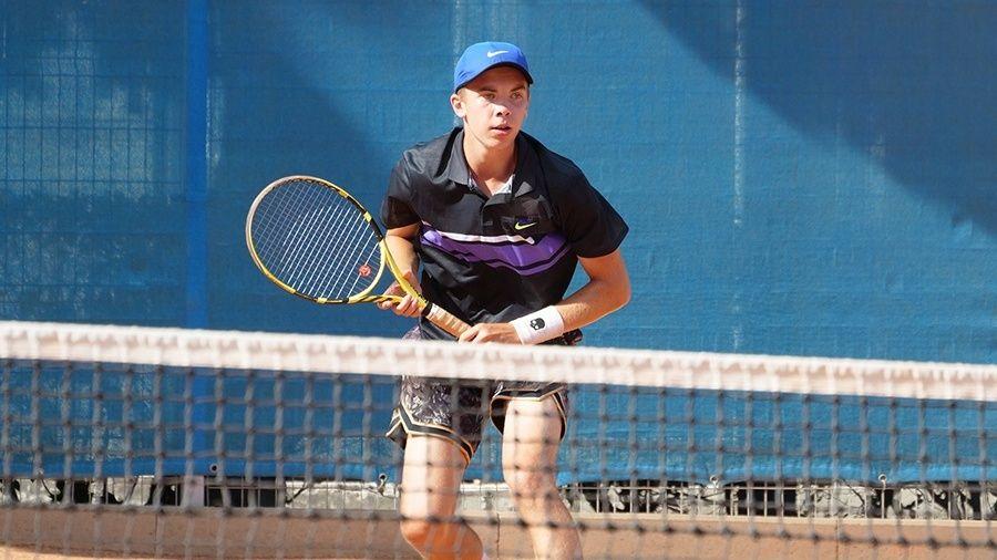 Юниорская сборная России по теннису провела двухнедельный сбор в Алуште