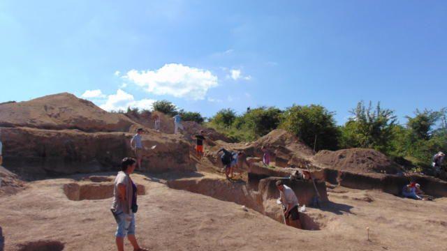 Что археологи нашли при раскопках позднескифского могильника в 2020 году