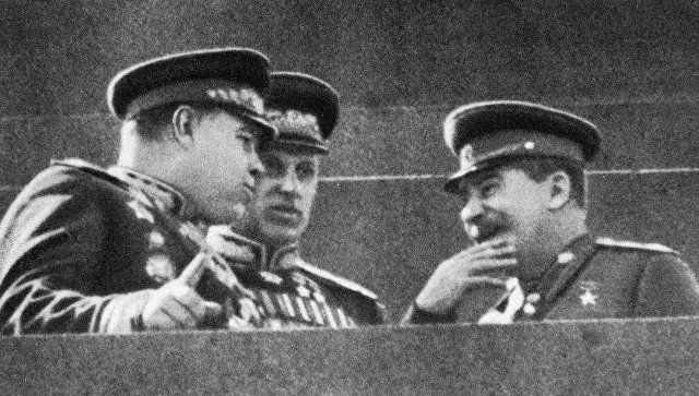 В МИД прокомментировали осквернение памятника маршалу Рокоссовскому