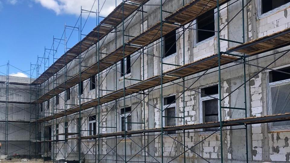 Михаил Храмов провёл повторное выездное совещание по строительству детского сада в микрорайоне «Крымская роза»