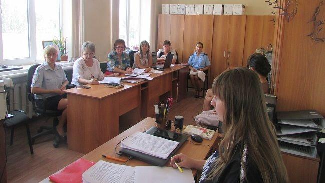 Состоялось шестнадцатое заседание Комиссии по делам несовершеннолетних и защите их прав с участием помощника Джанкойского межрайонного прокурора Юлии Вербицкой