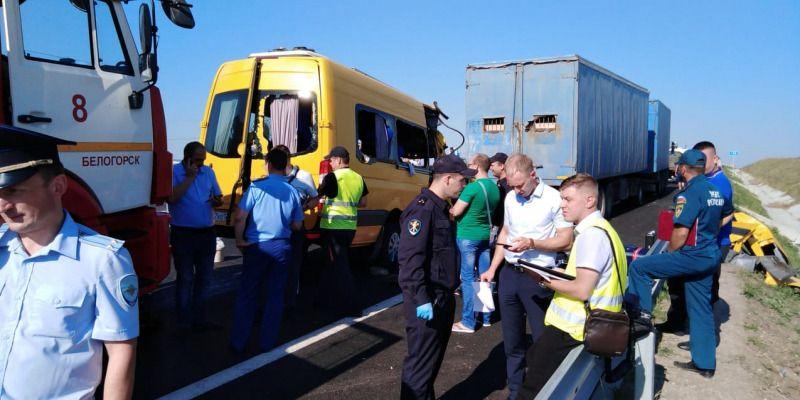 Водитель разбившегося на «Тавриде» микроавтобуса не отдыхал должным образом, — следствие