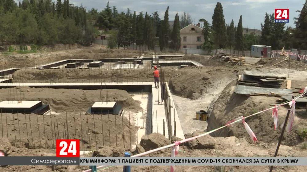 В Крыму строительные объекты отстают от графика