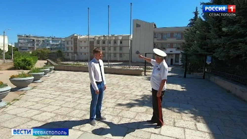 Как в Севастополе в украинский период строили жилые кварталы и учебные заведения