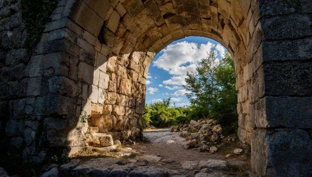 Необычный Крым: Древний город в сердце гор