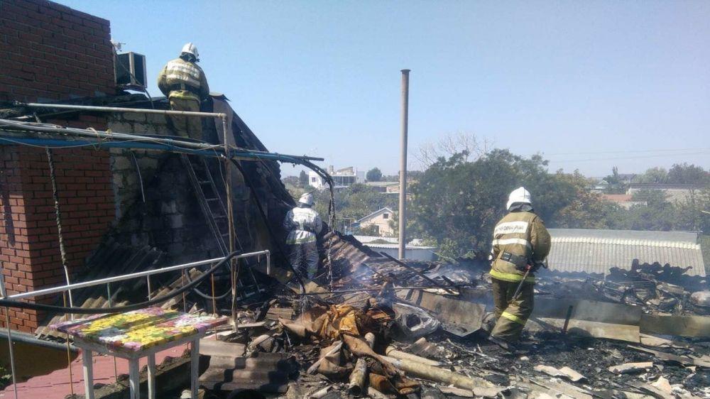 Крымские огнеборцы ликвидировали возгорание, предотвратив угрозу крупного пожара
