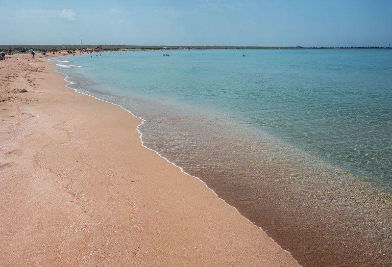 Глава Минтуризма Крыма оценил пляжи Черноморского района