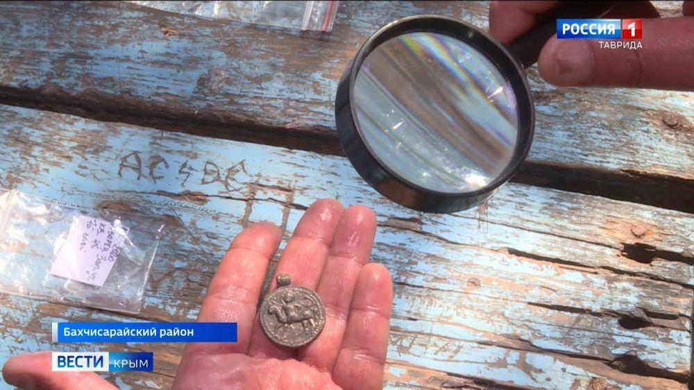 В Крыму найден медальон элитного воина византийской армии