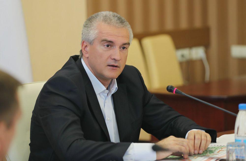 Аксёнов недоволен координацией строительства в Крыму