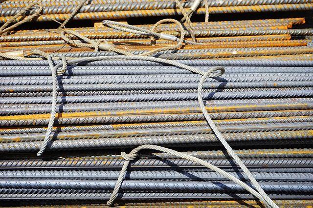 В Ялте средь бела дня украли со стройки металл почти на полмиллиона рублей