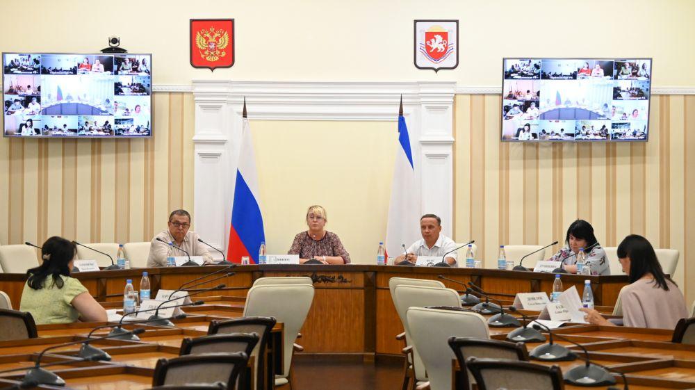 Минфин Крыма совместно с НИФИ провел семинар по инициативному бюджетированию – Ирина Кивико