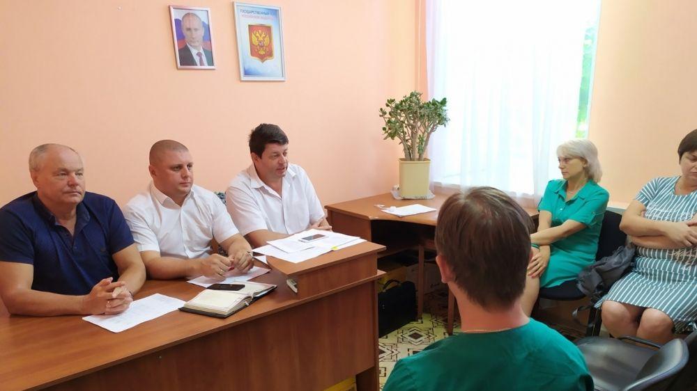 Председатель Госкомветеринарии Крыма Валерий Иванов провёл совещание с коллективом ГБУ РК «Евпаторийский ВЛПЦ»