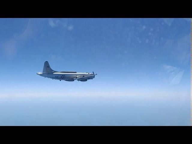 Су-27 прогнал американский самолет-разведчик от границ Крыма