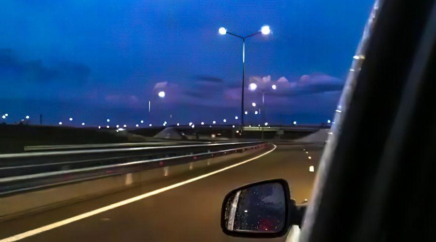 Искусственное освещение начали тестировать на трассе «Таврида»
