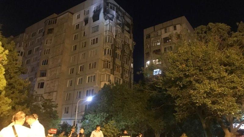 МЧС Крыма организует посещение квартир в доме в Керчи, где накануне произошло ЧП