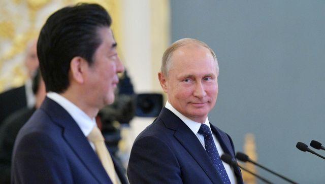 Уход Абэ, мирный договор и Курилы: что будет дальше